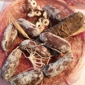 salame salami salamino salamini capra maiale montagna fresco stagionato azienda agricola il caprino di cariadeghe di ronchi paolo