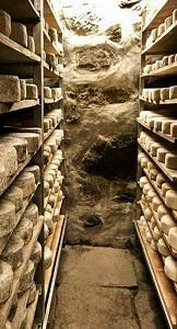 formaggi stagionati cantina naturale